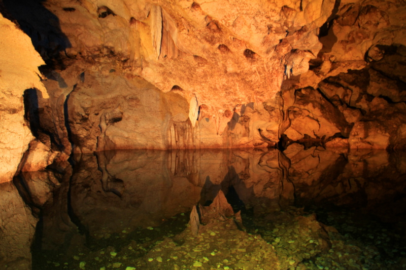 Read more about the article Green Grotto Cave Tour in Jamaica.