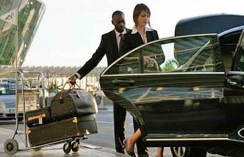 Kingston Airport Transfer to Down Town Kingston