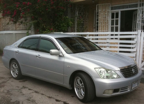 Luxury Sedan Car Transfer: Runaway Bay from Montego Bay Airport